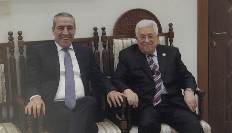 مقرب من عباس يسعى خلف الاصول المالية لحركة حماس المصادرة في السودان