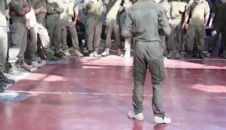 فرقة هندسية خاصة في احدى السجون الاسرائيلية، تقوم بفحص ارضيات السجن ووضع اجهزة استشعار