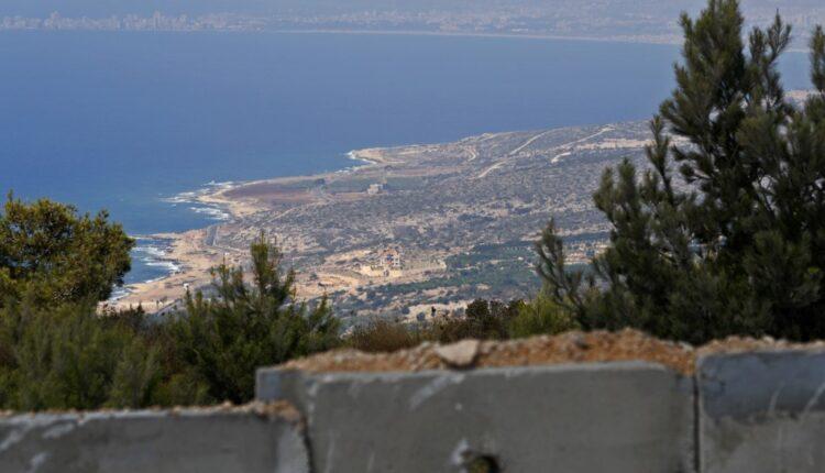 الناقورة جنوب مدينة صور اللبنانية، من داخل الاراضي المحتلة عام 1948