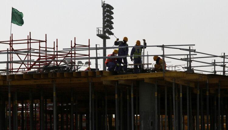 قطر تتهم ناشطا مهاجرا بالحصول على أموال لنشر معلومات مضللة