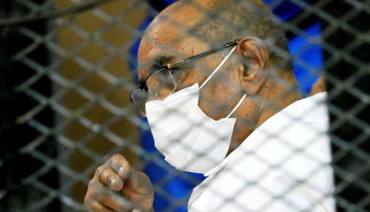 الجنائية الدولية تطلب من السودان تسليم حليف للبشير متهم بإبادة جماعية في دارفور