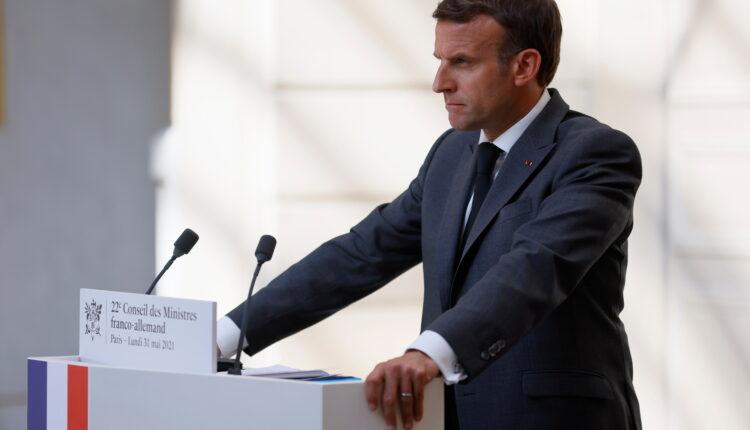 الرئيس الفرنسي إيمانويل ماكرون خلال مؤتمر صحفي في قصر الاليزيه بباريس يوم 31 مايو ايار 2021.(الصورة: رويترز)
