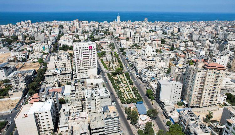 مبعوث قطري: السلطة الفلسطينية تنسحب من خطة تمويل قطري لقطاع غزة