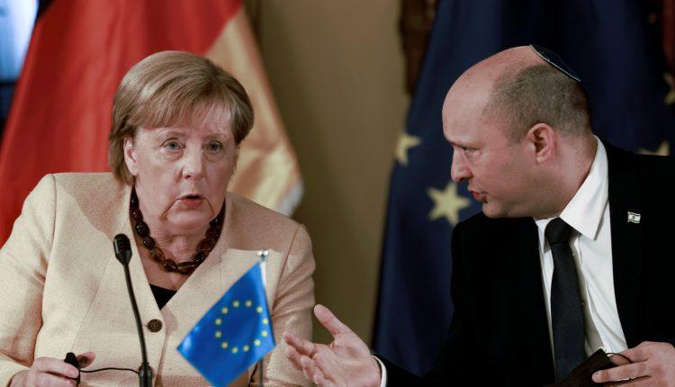 في زيارة أخيرة.. ميركل تؤكد التزام ألمانيا تجاه إسرائيل