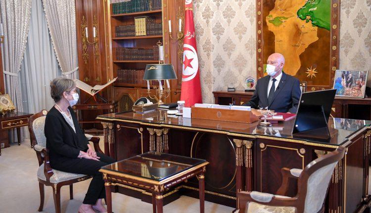 رئيسة الوزراء التونسية الجديدة تُشكل حكومتها وسعيد يبارك